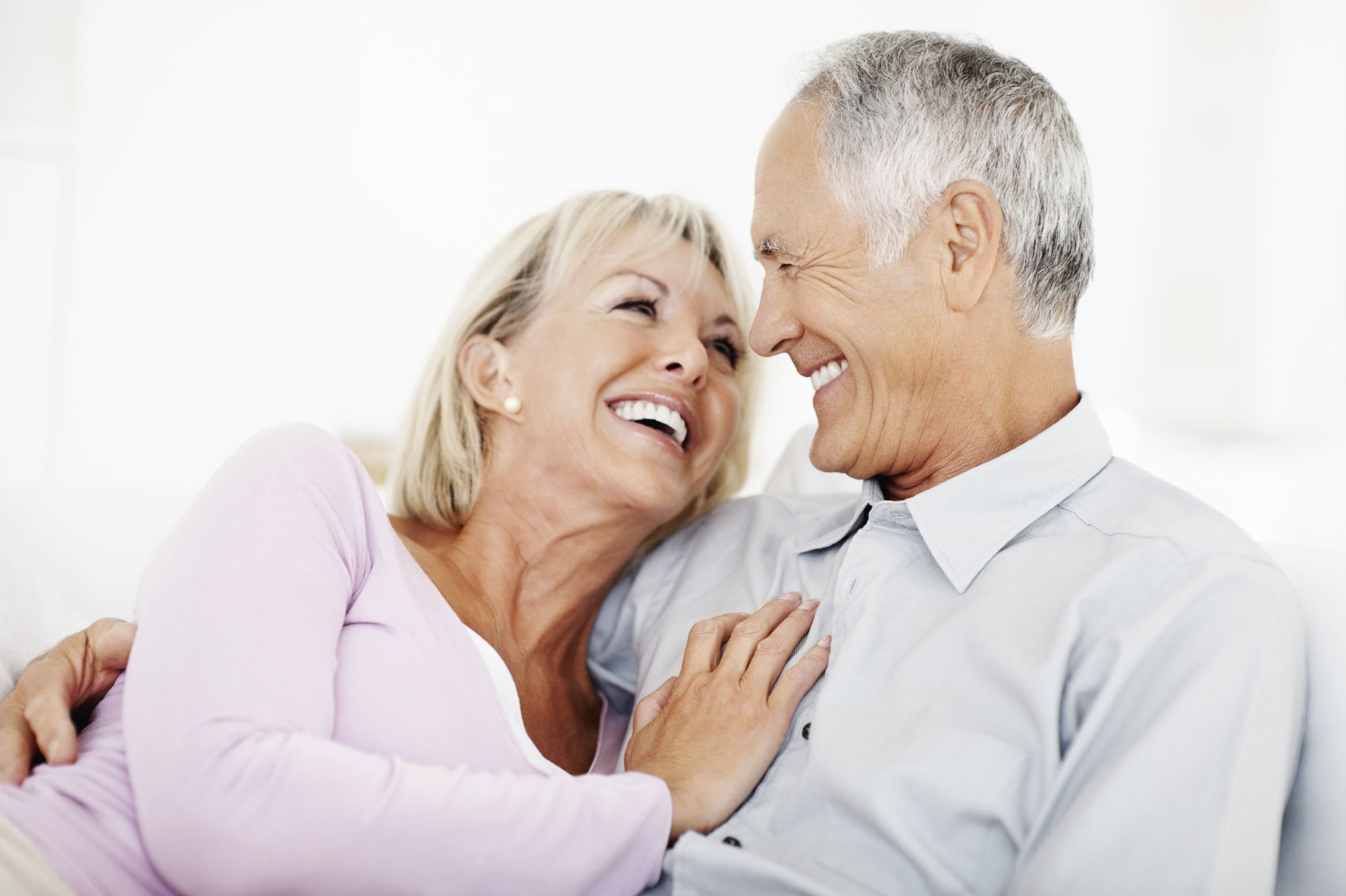 Senior-Couple-laughing-Calcibone