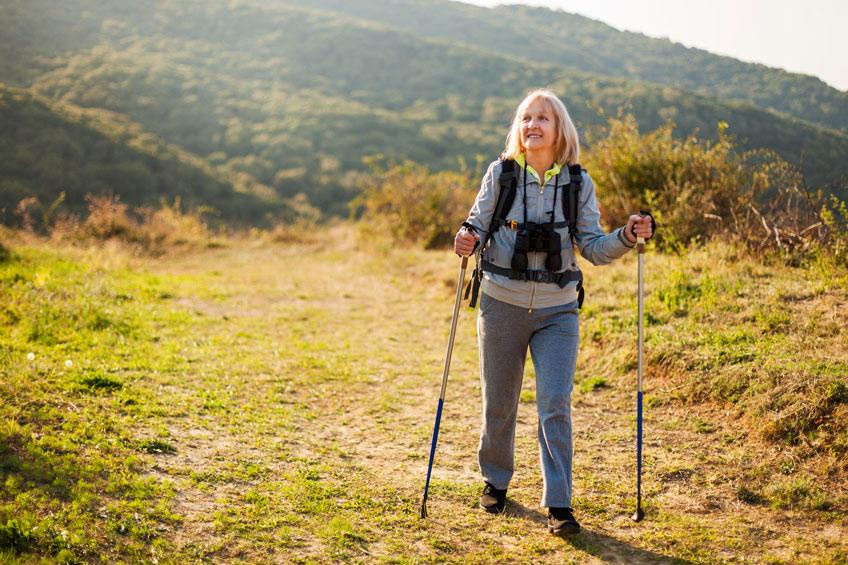 mujer-caminando - Calcibone